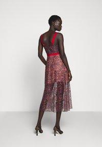 Allen Schwartz - EDEN BUSTIER DRESS IN PRINTED - Vestito elegante - red - 2