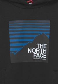 The North Face - BOX HOODIE UNISEX - Jersey con capucha - black/hero blue - 2