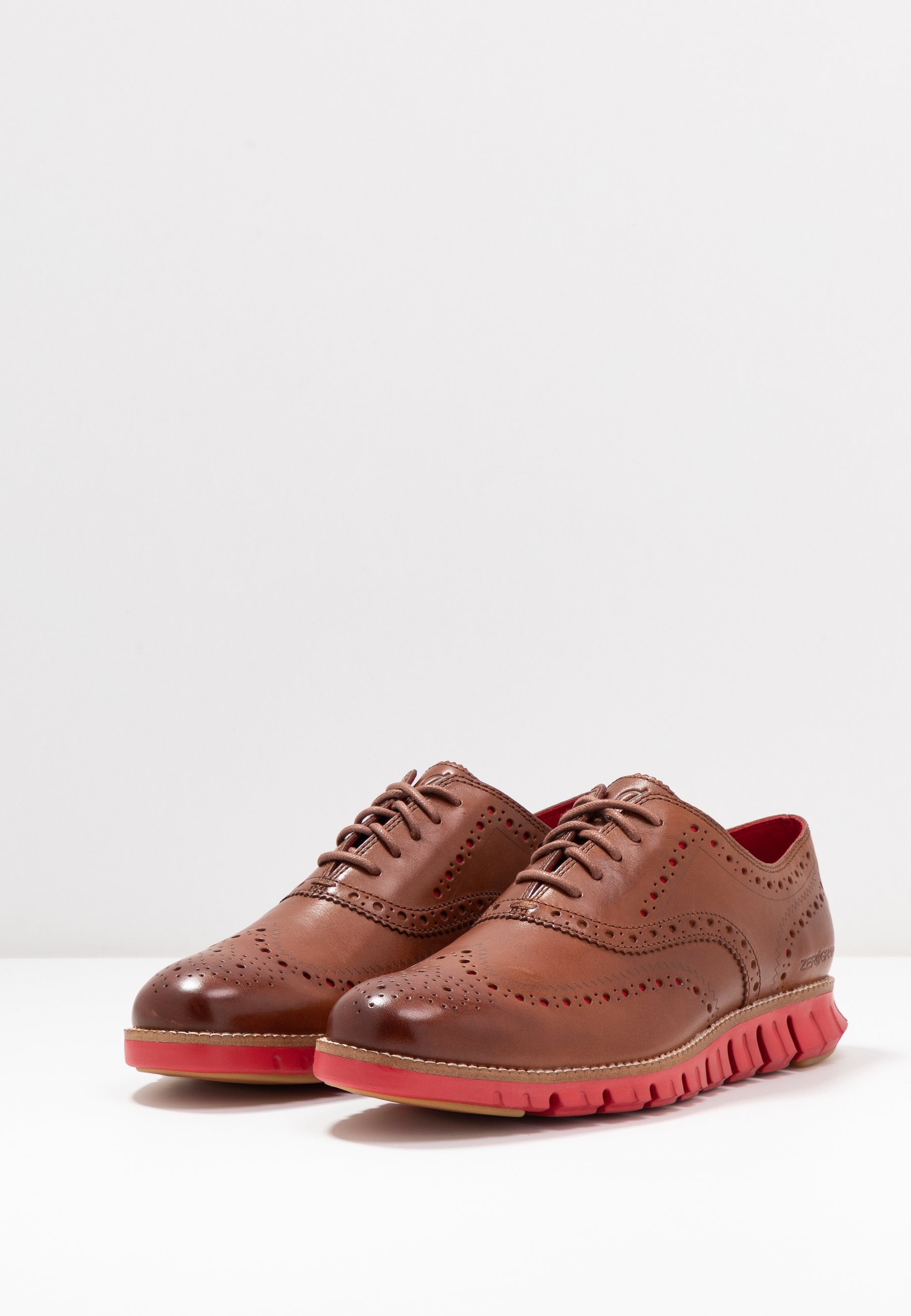 ZEROGRAND WINGTIP OXFORD Snörskor woodburytango red