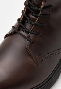Timberland - BOOT - Lace-up ankle boots - dark brown - 5