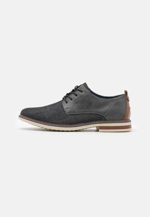 BREGMAN RITO - Volnočasové šněrovací boty - charcoal