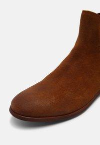 Shoe The Bear - Kotníkové boty - tan - 6