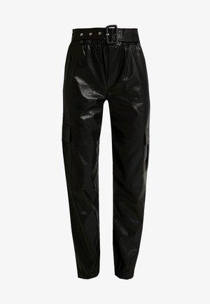 ONLDEBRA CARGO PANT - Trousers - black