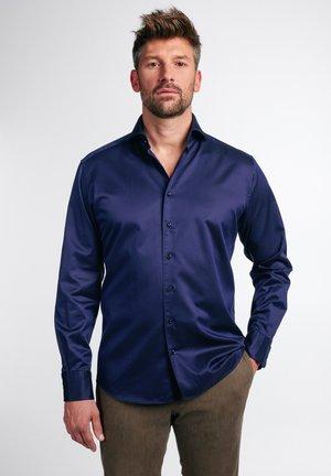 MODERN FIT - Zakelijk overhemd - dunkelblau