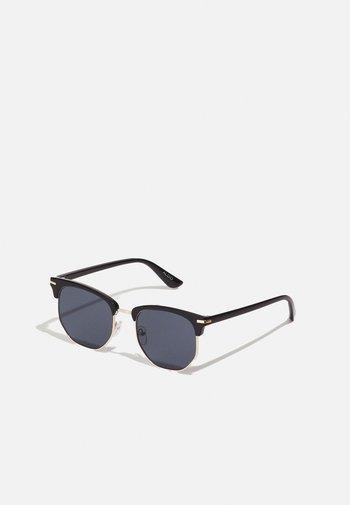 MASAO - Sunglasses - black/gold-coloured/smoke