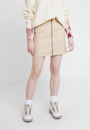MAJOR CHANGE - Áčková sukně - ivory cream