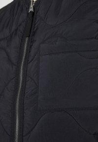 ARKET - Veste sans manches - black - 4