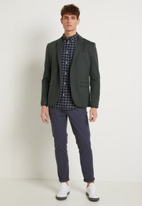 Selected Homme - SLHSLIM JAMERSON PANTS - Chinos - blue nights - 1