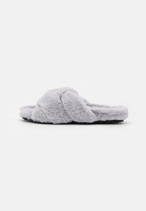 Pantofle - light grey