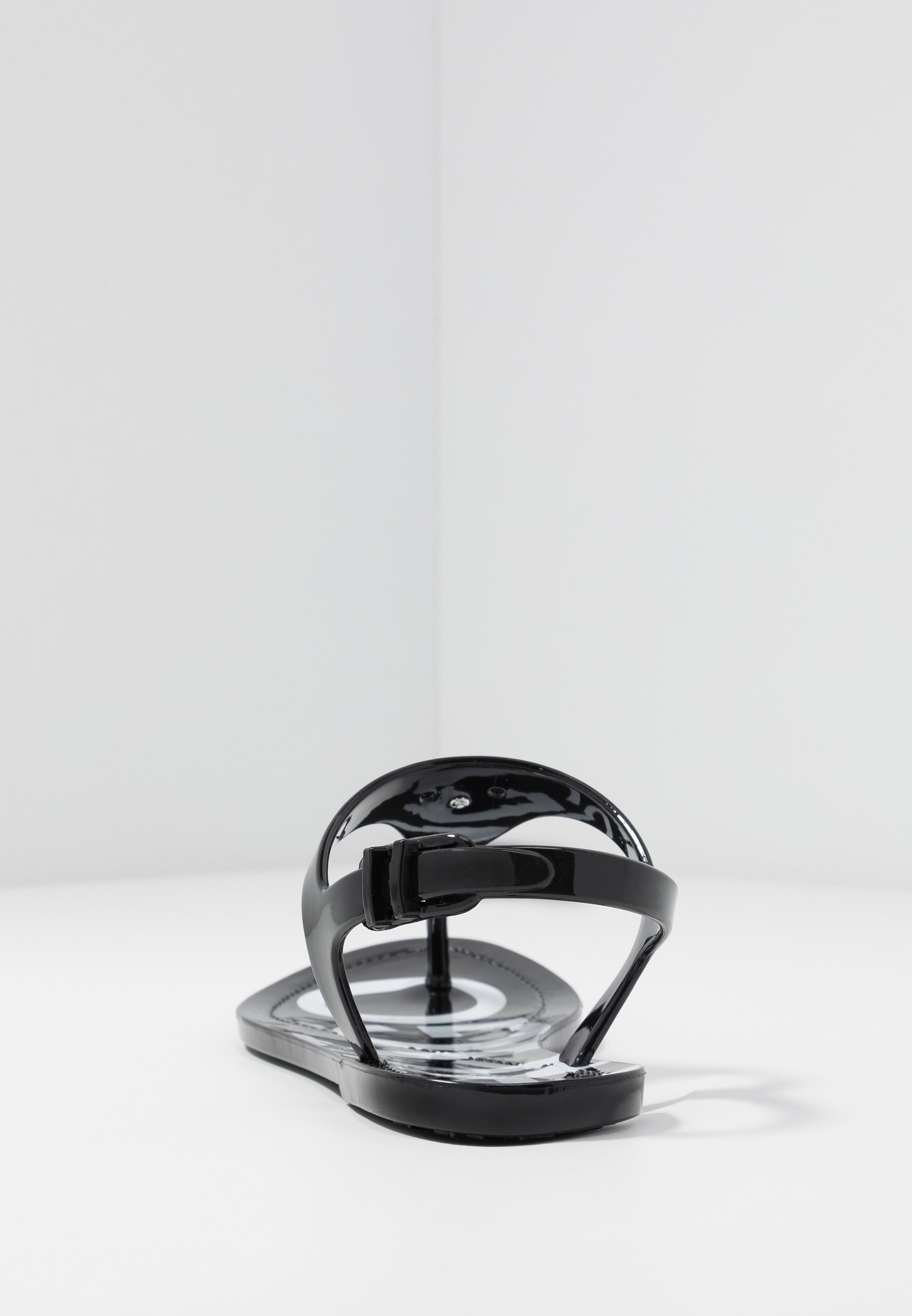 Hugo Emma Flat - Klipklappere/ Klip Klapper Black