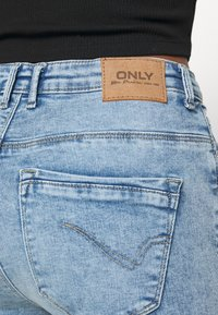 ONLY - ONLPAOLA DESTROY  - Jeans Skinny Fit - light blue denim - 4