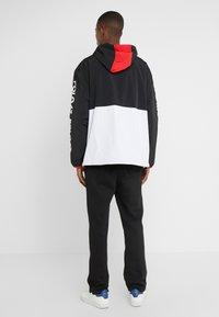 Polo Ralph Lauren - WING HALF ZIP JACKET - Lehká bunda - black/ white - 2