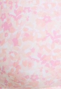 Cotton On Body - WORKOUT YOGA CROP - Sujetador deportivo - ditsy pink - 4