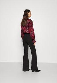 NU-IN - HIGH RISE - Flared Jeans - black - 2