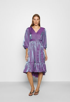 SLFSTACY MIDI DRESS - Day dress - crushed grape