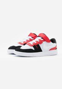 Nike Sportswear - SQUASH-TYPE UNISEX - Trainers - white/black/universitiy red - 1