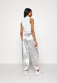 adidas Originals - JAPONA - Pantalones deportivos - silver - 2