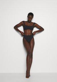 Seafolly - CAP SLEEVE BANDEAU - Bikini top - black - 3