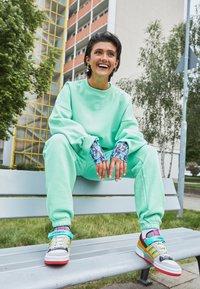 adidas Originals - Sweatshirt - glory mint - 1