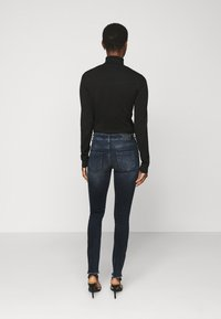 ONLY Tall - ONLBLUSH LIFE RAW - Jeans Skinny Fit - blue black denim - 2
