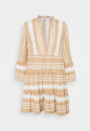 ONLNAYA ATHENA DRESS - Vapaa-ajan mekko - indian tan/white