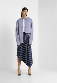 Rika - ALEX  - Button-down blouse - blue/white - 1