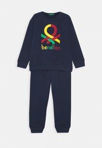 Benetton - BASIC BOY SET - Sweatshirt - dark blue - 0