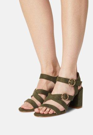 SAFFI  - Sandalen - khaki