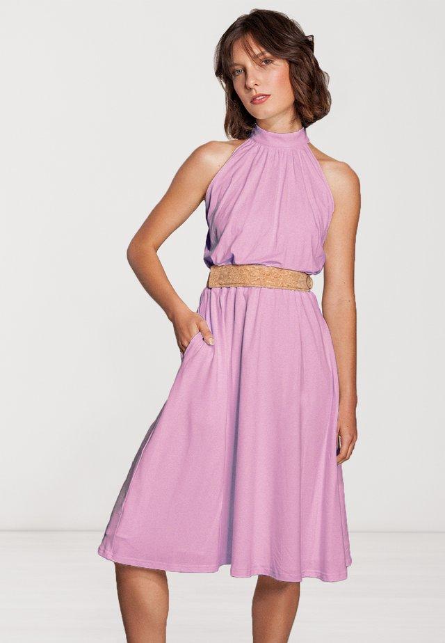 MIT GÜRTEL  - Cocktail dress / Party dress - rosa