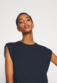 Trendyol - Basic T-shirt - navy - 4