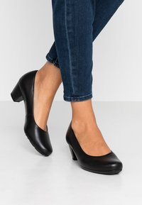 Gabor Comfort - Klassiske pumps - black - 0