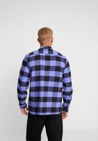Dickies - SACRAMENTO - Camisa - purple - 2