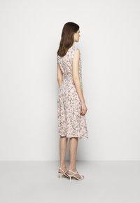 Lauren Ralph Lauren - VILODIE CAP SLEEVE CASUAL DRESS - Vardagsklänning - pink multi - 2