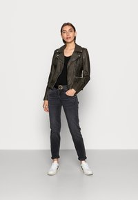 Herrlicher - Slim fit jeans - inox - 1