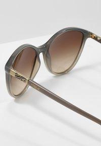 VOGUE Eyewear - Sluneční brýle - opal grey/gradient grey - 2