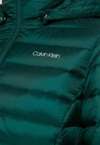 Calvin Klein - ESSENTIAL LIGHT COAT - Down coat - dark green - 6