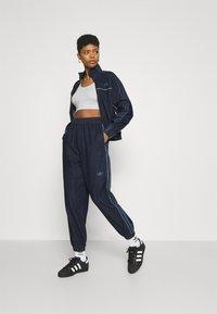 adidas Originals - JAPONA - Pantaloni sportivi - indigo - 1