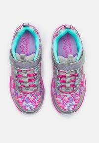 Skechers - HEART LIGHTS - Trainers - silver/multicolor - 3