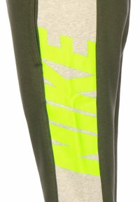 Nike Sportswear - KINDER SPORTSWEAR - Tracksuit bottoms - cargo khaki/stone/htr/volt - 2