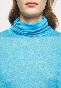 CLOSED - WOMEN - Long sleeved top - heaven - 6