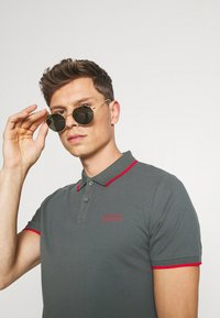 s.Oliver - TIPPING - Poloshirt - grey - 3