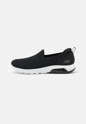 GO WALK AIR - Sportieve wandelschoenen - black/white