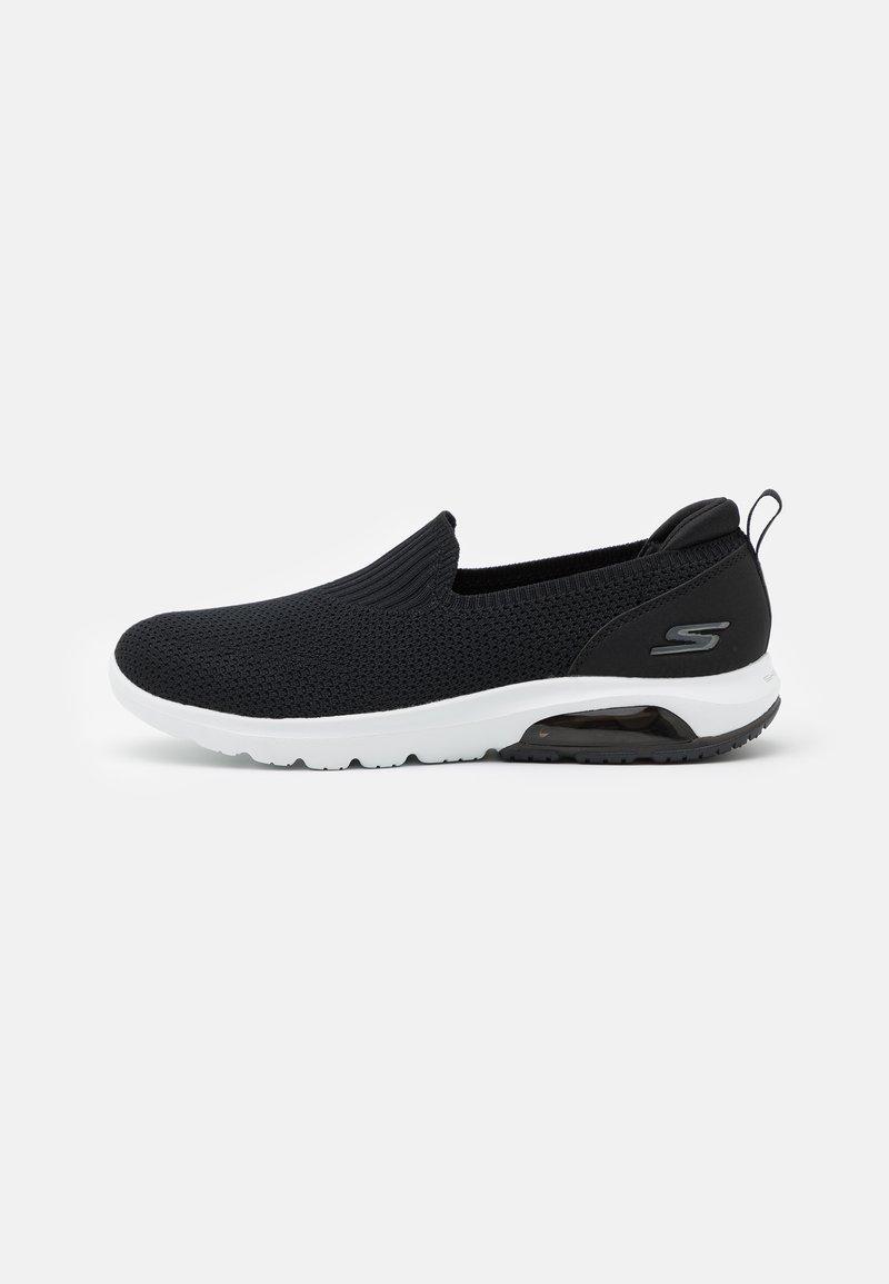 Skechers Performance - GO WALK AIR - Zapatillas para caminar - black/white