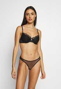 Marks & Spencer London - AUTO PAD - Soutien-gorge à armatures - black - 1