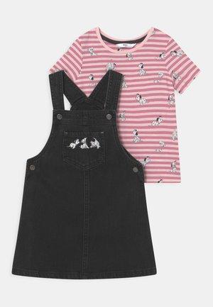 DISNEY DALMATIANS PINNY SET - Print T-shirt - black