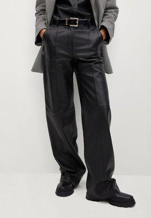 WIDE - Pantalon en cuir - černá