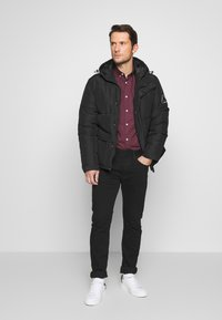 Burton Menswear London - ARIAL - Shirt - bordeaux - 1