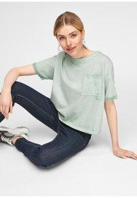 Q/S designed by - Basic T-shirt - mint - 6