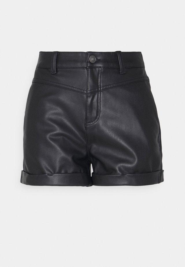 Shorts - black magic