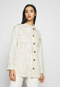 Scotch & Soda - ARMY SHIRT JACKET - Summer jacket - antique white melange - 0